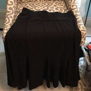 Micheal Kors medium black swirl skirt